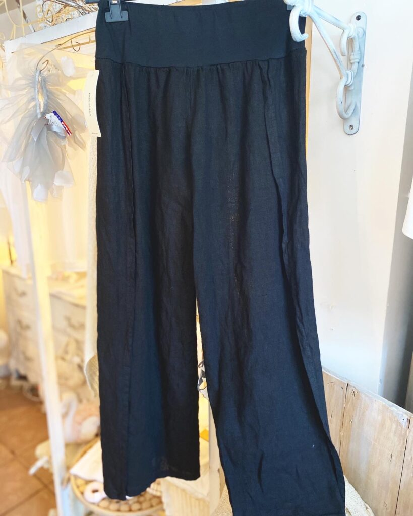 Oro Pants with slit Black