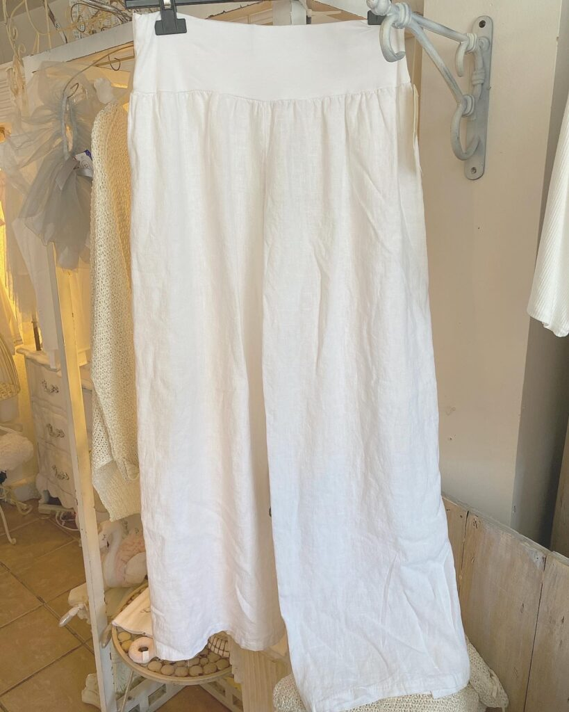 Oro Pants with slit White