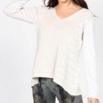 mrena vnck sweater with contrast sleeve in windchime front