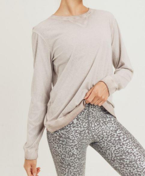 monob blush essential pullover front